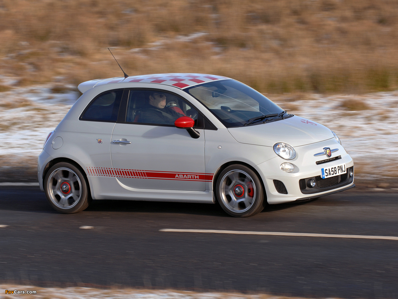Abarth 500 Uk Spec 2009 Photos 1280x960