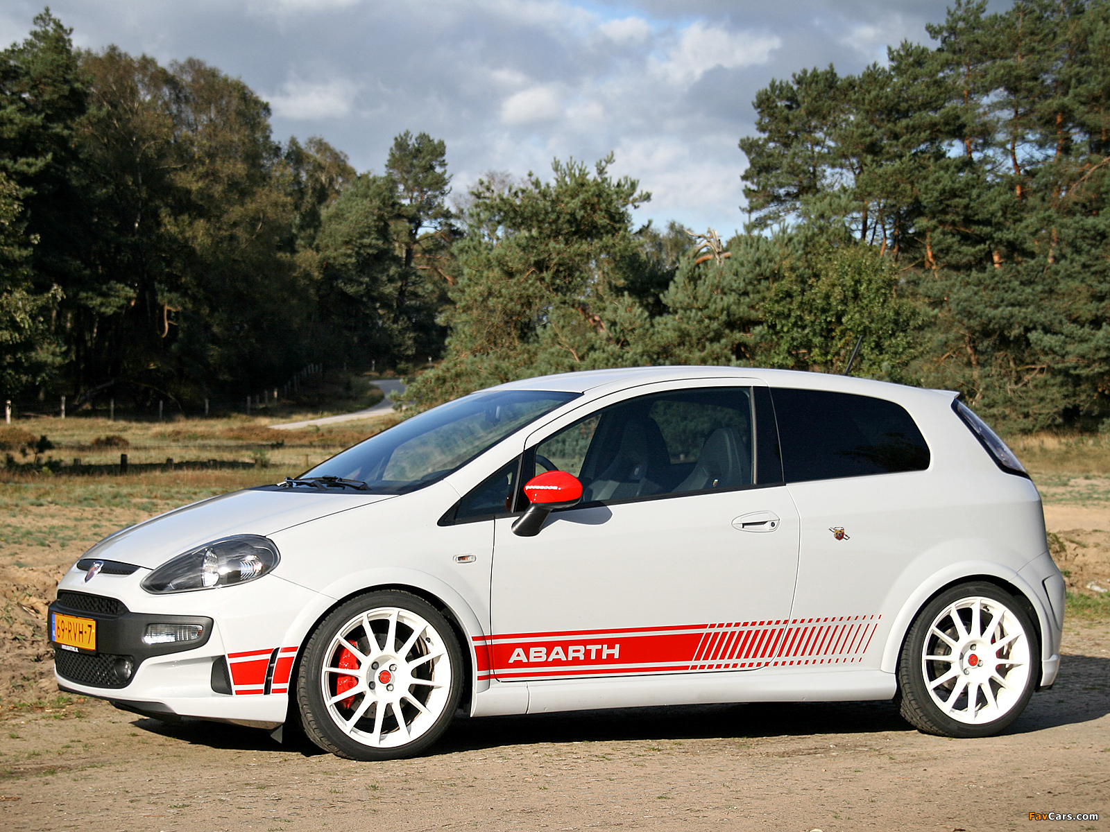 photos of abarth punto evo esseesse 199 2010 1600x1200. Black Bedroom Furniture Sets. Home Design Ideas
