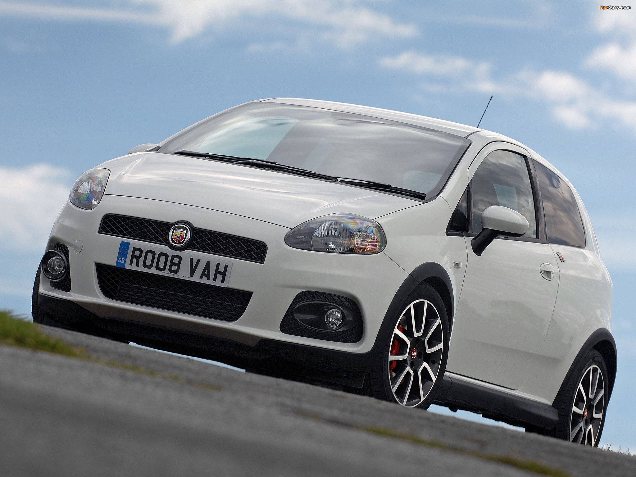 Pictures Of Abarth Grande Punto Uk Spec 199 2008 2010