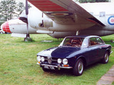 Photos of Alfa Romeo 1750 GT Veloce UK-spec 105 (1970–1971)