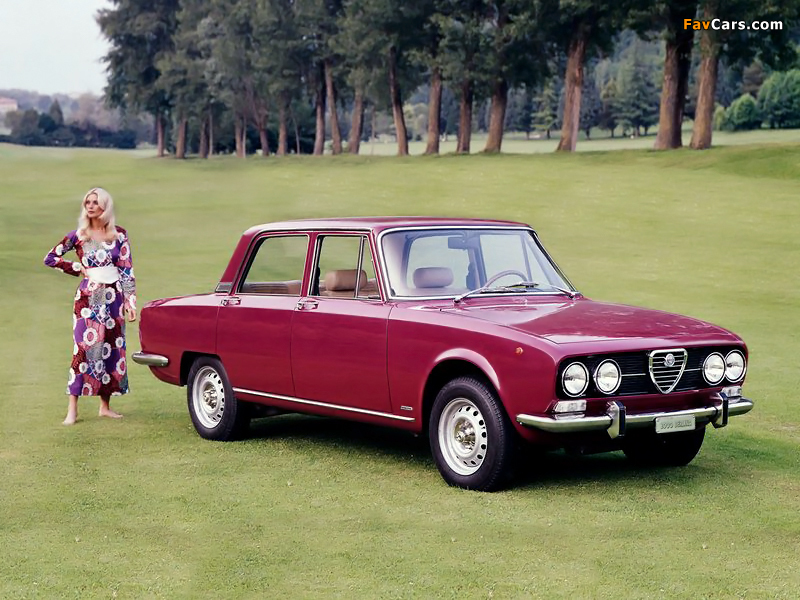 Product detail moreover Ford Galaxy 2000 besides 78alfetta moreover SM 79B additionally 9796. on alfa romeo 2000
