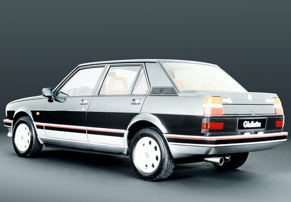 alfa romeo giulietta 2 0 turbodelta 116 1983 1985 images. Black Bedroom Furniture Sets. Home Design Ideas