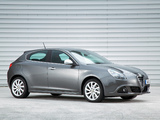 Photos of Alfa Romeo Giulietta UK-spec 940 (2010)