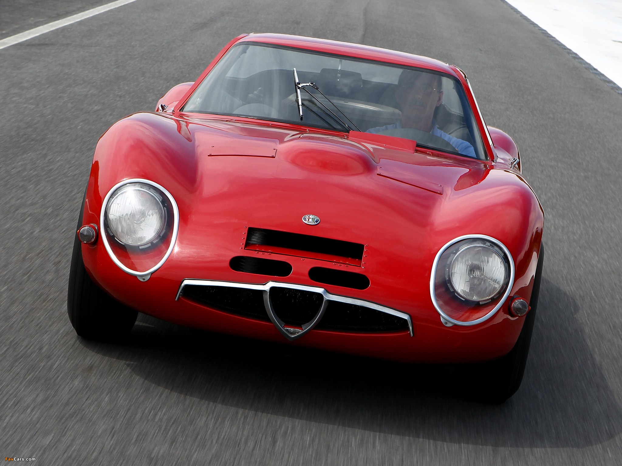 1965 Alfa Romeo Giulia TZ2 infomation specifications WeiLi