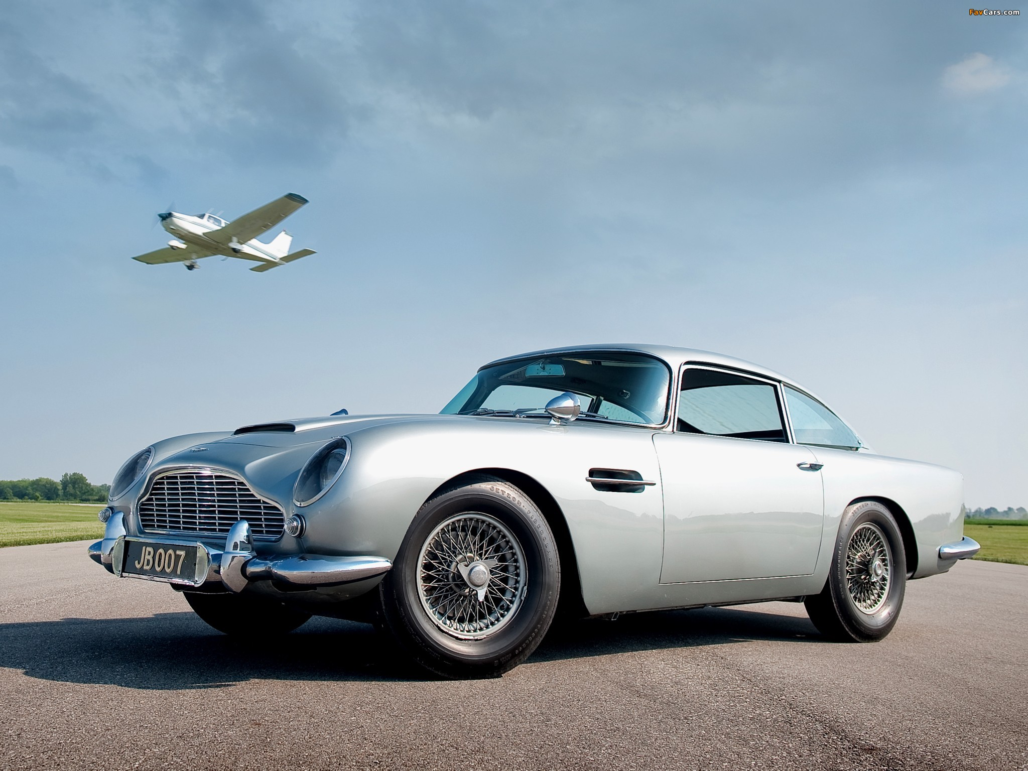 aston martin db5 james bond edition 1964 pictures. Cars Review. Best American Auto & Cars Review