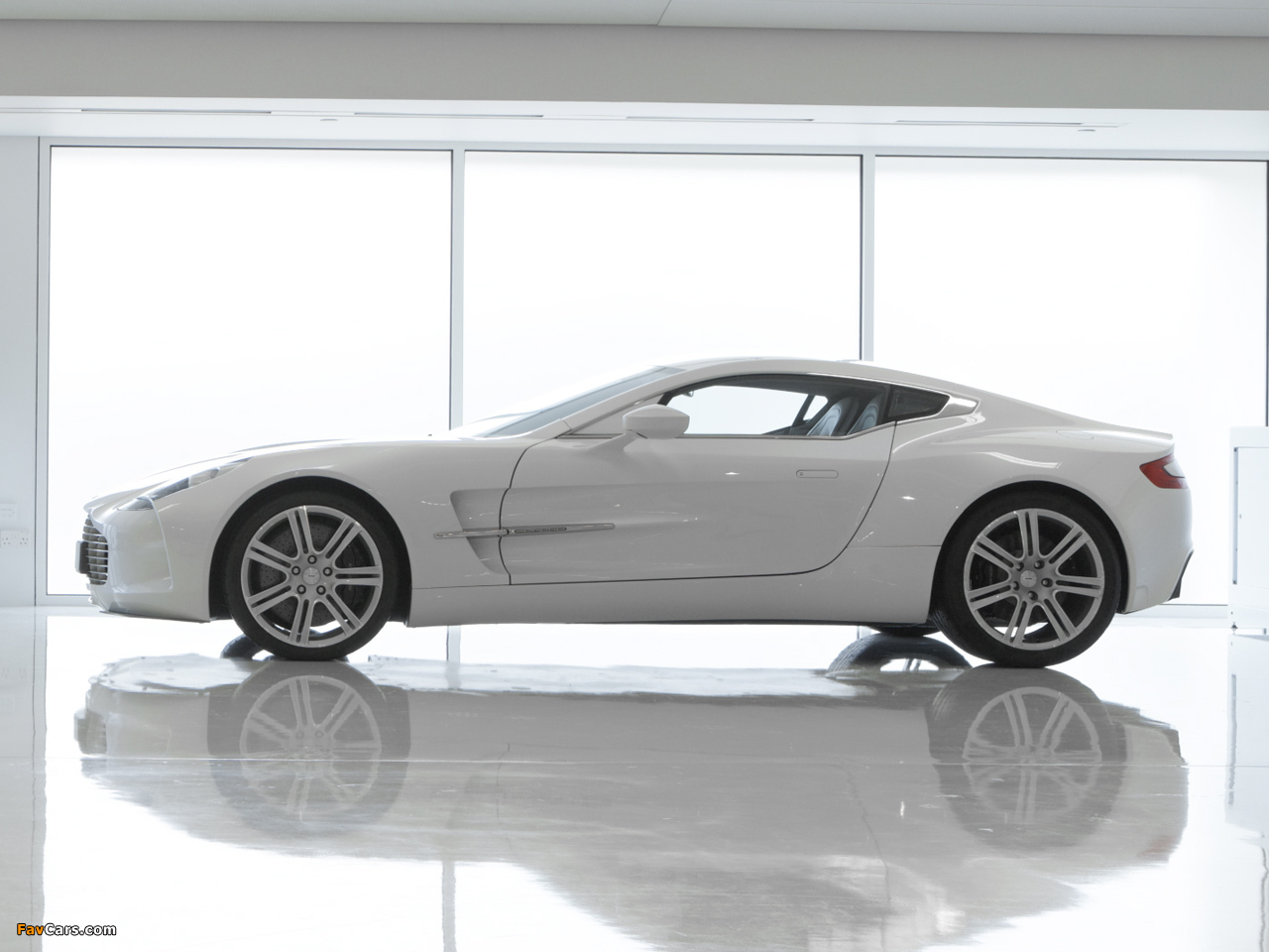 Aston Martin One-77 (2009–2012) wallpapers (1280 x 960)