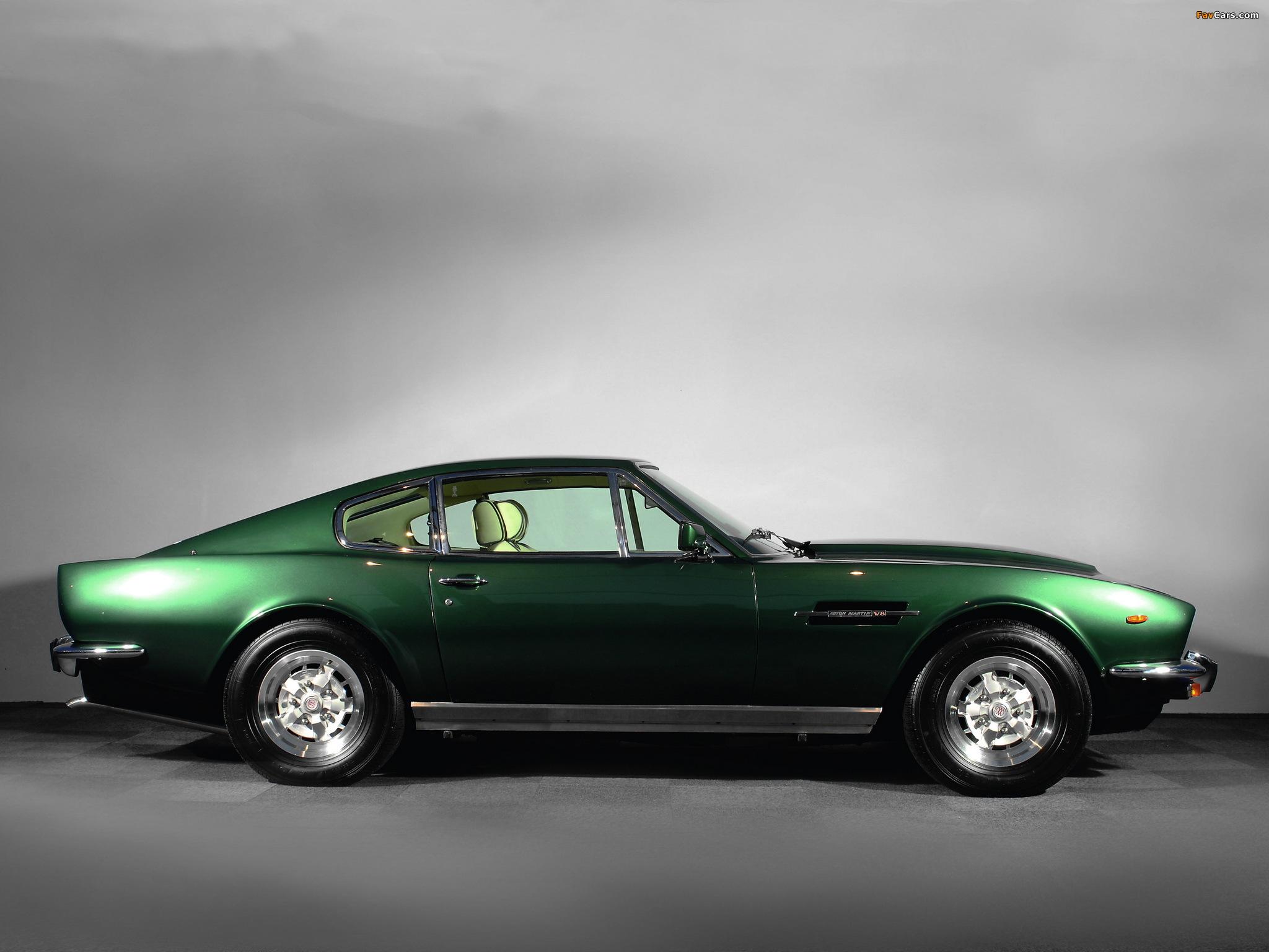 http://img.favcars.com/aston-martin/v8/aston-martin_v8_1977_images_6.jpg