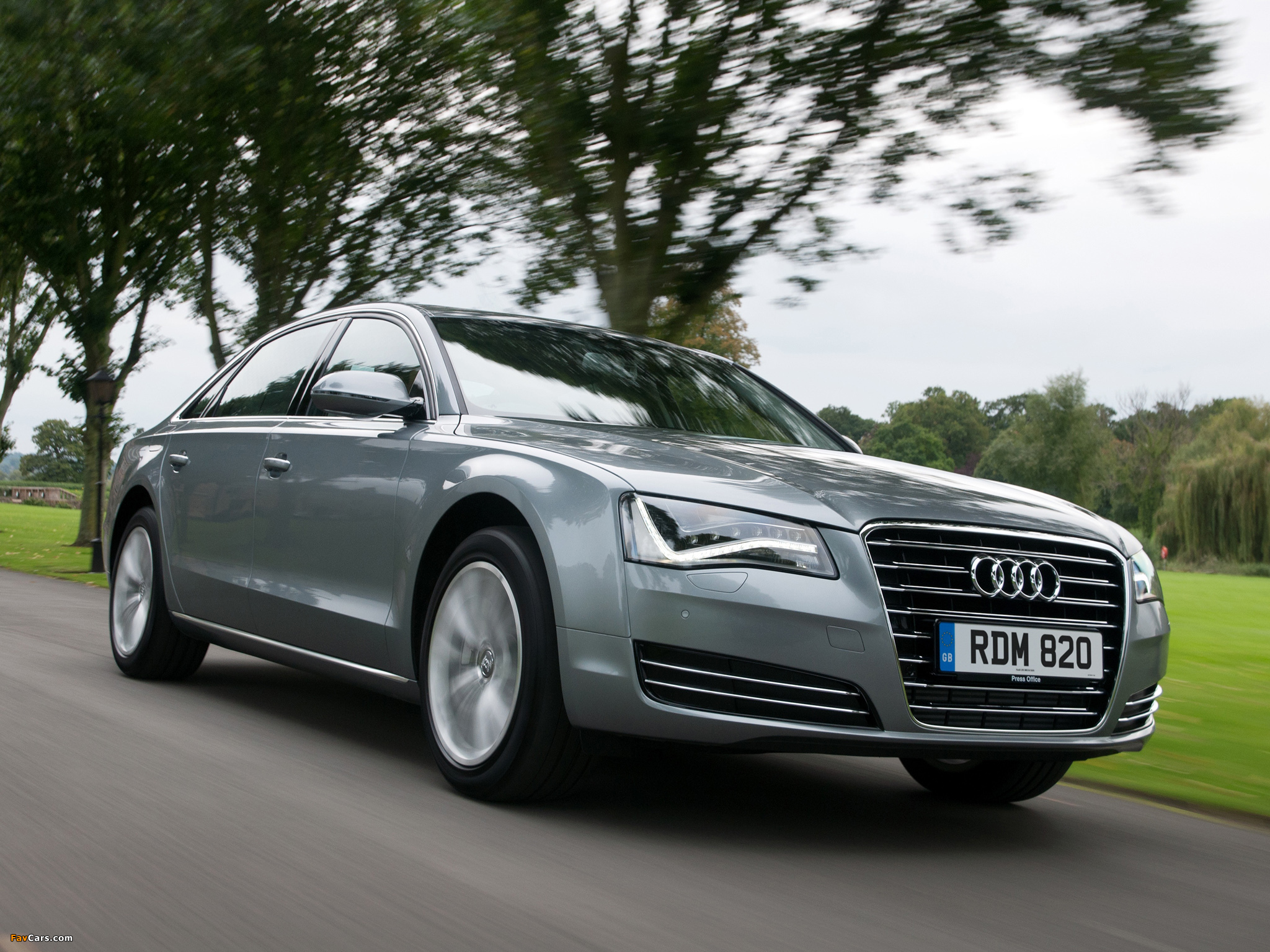 Photos Of Audi A8l 4 2 Tdi Uk Spec D4 2010 2048x1536