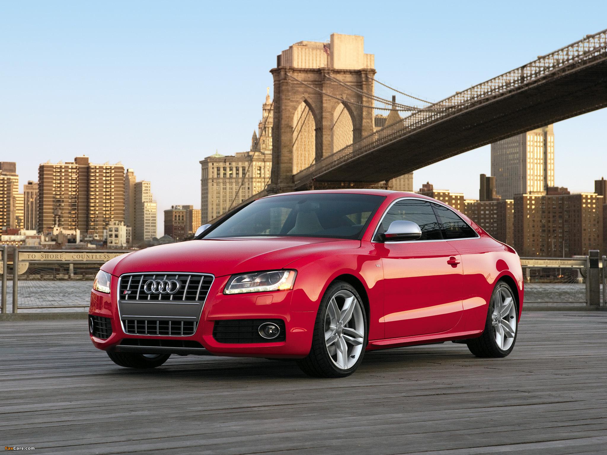 Audi A5 красная купе  № 3761353 без смс