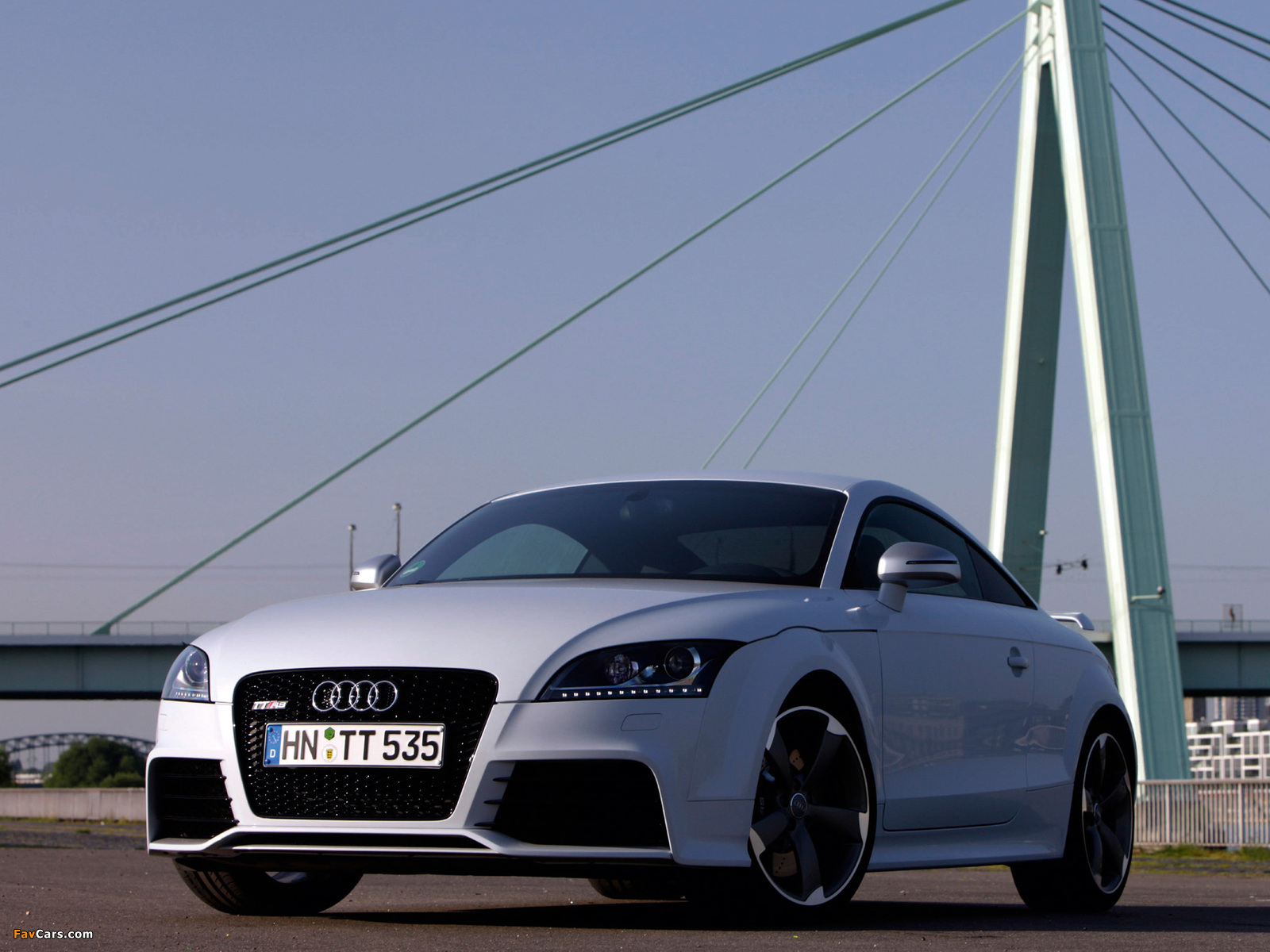 Audi TT RS Coupe (8J) 2009 photos (1600x1200)
