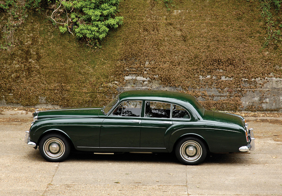 ... - Photos of Bentley S2 Continental Flying Spur by Mulliner 1959–62