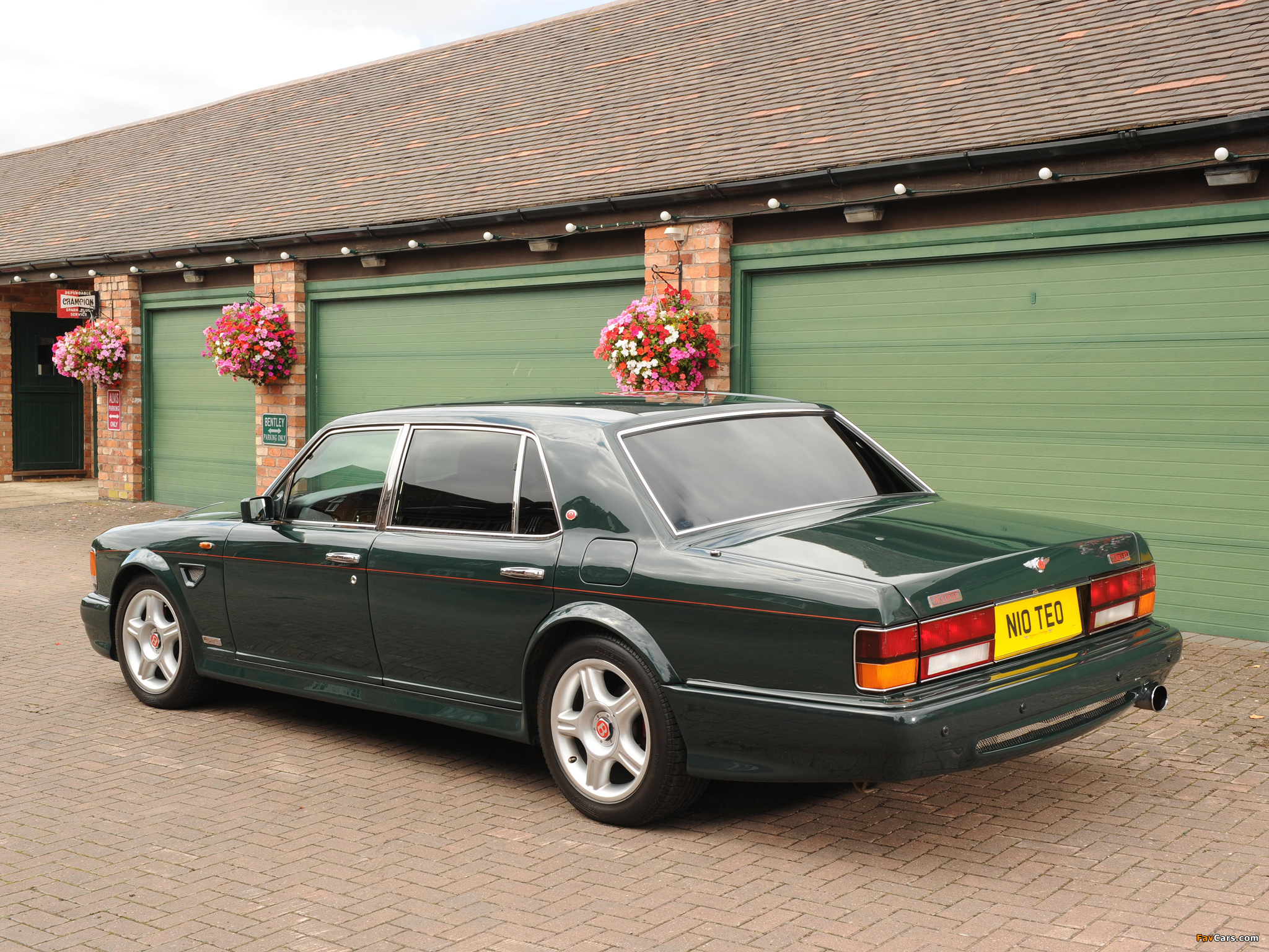 Photos Of Bentley Turbo Rt Mulliner 1997 2048x1536