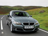 BMW 320d Sedan UK-spec (E90) 2008–11 images