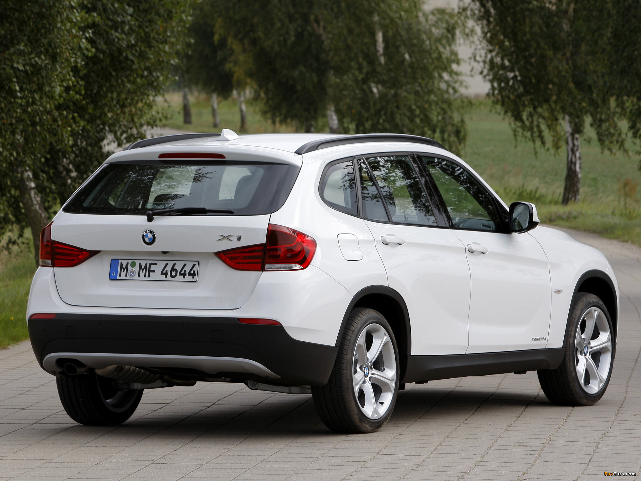 wallpapers of bmw x1 xdrive20d e84 2009 2048x1536. Black Bedroom Furniture Sets. Home Design Ideas