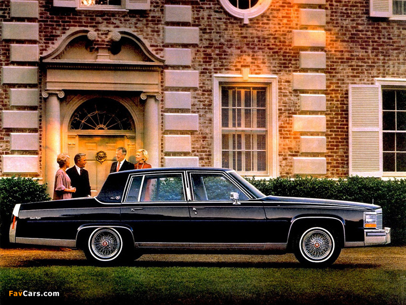 Cadillac Fleetwood Brougham 1980–86 images (800 x 600)