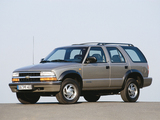 Pictures of Chevrolet Blazer EU-spec 1997–2005