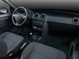 Photos of Chevrolet Celta 5-door 2013