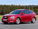 Images of Chevrolet Cruze Hatchback (J300) 2012