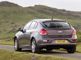 Chevrolet Cruze Hatchback UK-spec (J300) 2011–12 wallpapers