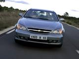 Chevrolet Evanda 2004–06 pictures