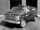 Photos of Chevrolet Chevy Van Ambulance (G30) 1985