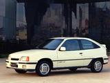 Chevrolet Kadett GS 3-door 1989–91 photos