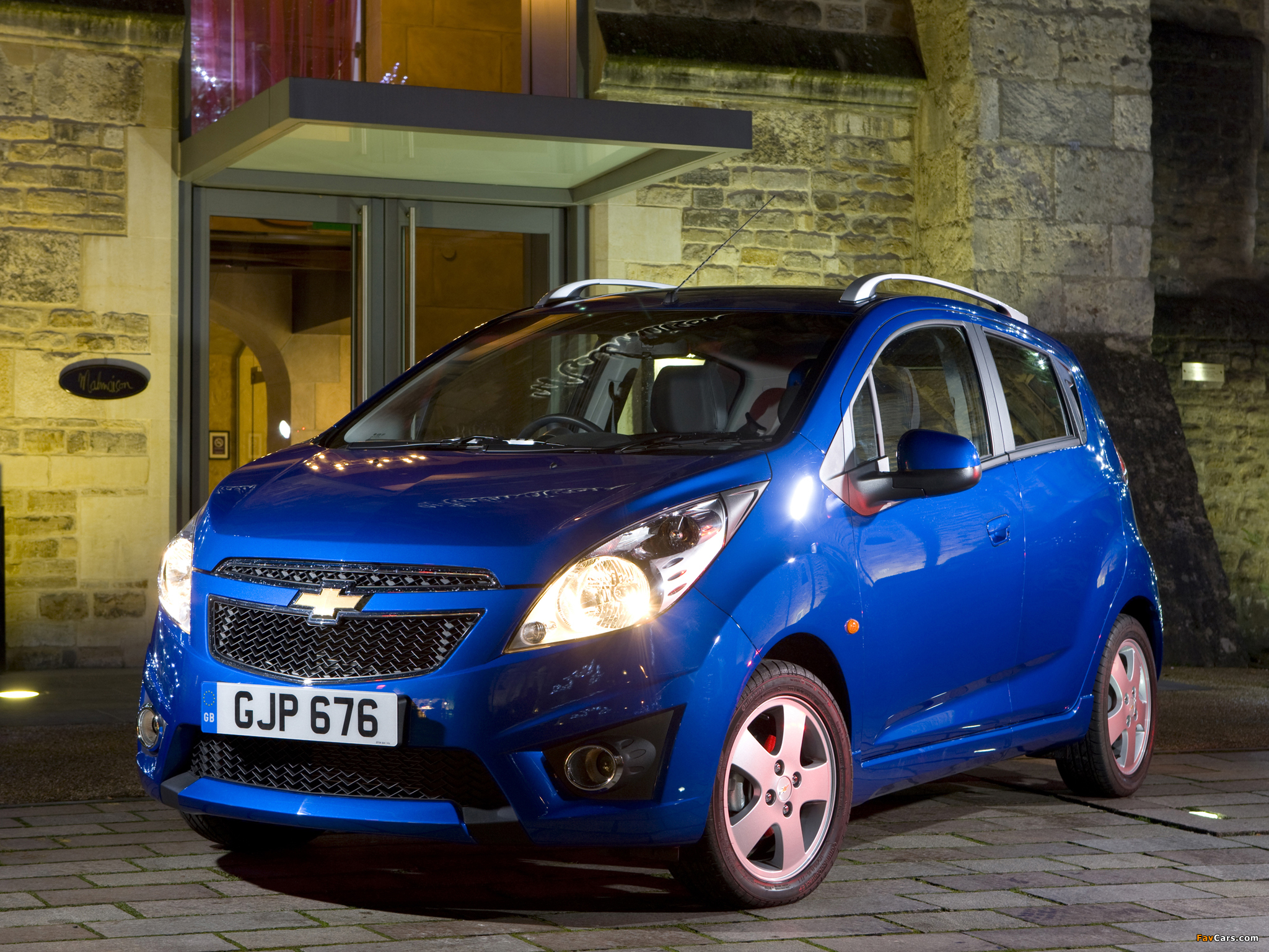 the motoring world uk recall 18 chevrolet spark model recalled for possible bonnet latch. Black Bedroom Furniture Sets. Home Design Ideas