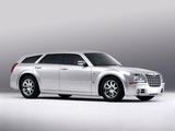 Photos of Chrysler 300C Touring Concept 2003