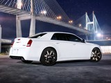 Photos of Chrysler 300 SRT8 2011