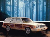 Photos of Chrysler LeBaron Town & Country Wagon 1988