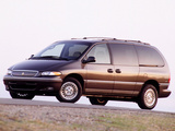 Chrysler Town & Country 1995–97 wallpapers