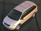 Images of Chrysler Town & Country 2000–04