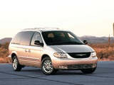 Pictures of Chrysler Town & Country 2000–04