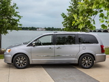 Chrysler Town & Country 30th Anniversary 2013 wallpapers