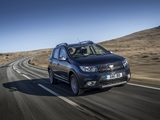 Photos of Dacia Sandero Stepway UK-spec 2017