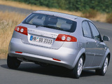 Images of Daewoo Lacetti Hatchback CDX 2004–09