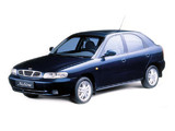 Daewoo Nubira Hatchback 1997–99 photos