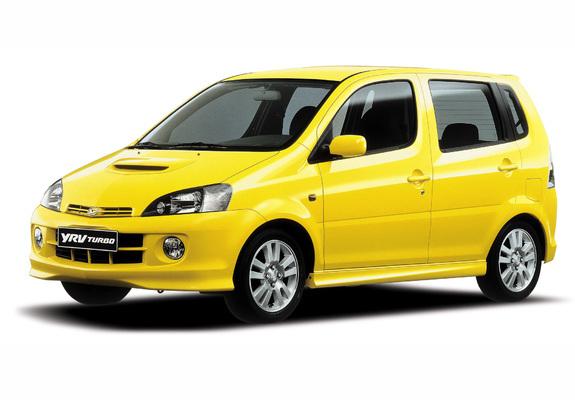 Download / Preview - Photos of Daihatsu YRV Turbo 2001–06