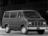 Dodge Ram Wagon 1986–93 wallpapers