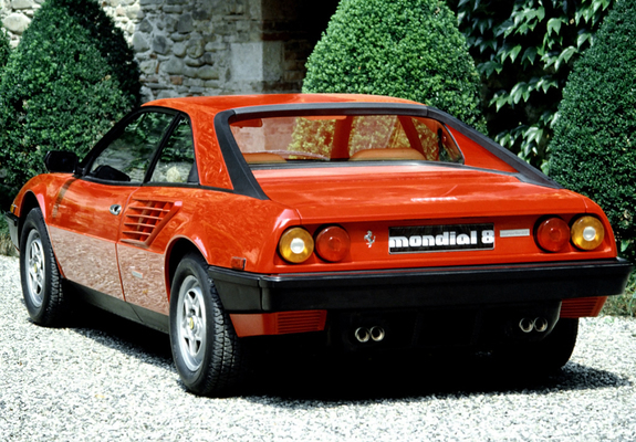 pictures ferrari mondial 1980 2. Black Bedroom Furniture Sets. Home Design Ideas