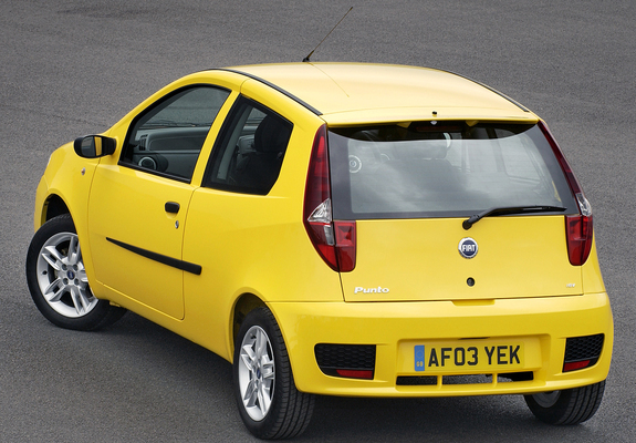 photos of fiat punto sporting uk spec 188 2003 05. Black Bedroom Furniture Sets. Home Design Ideas