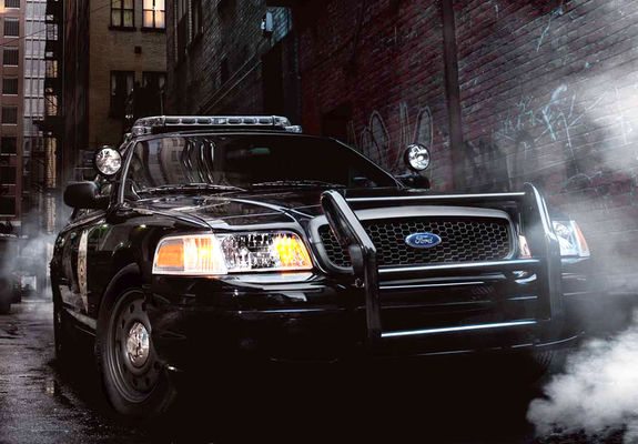 [Image: ford_crown-victoria_1998_wallpapers_4_b.jpg]
