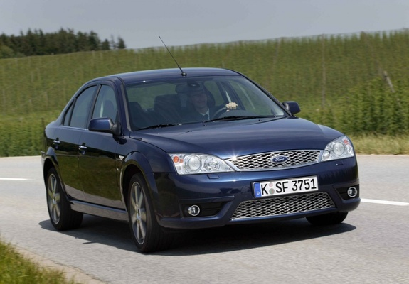 images of ford mondeo titanium v6 sedan 2002 04. Black Bedroom Furniture Sets. Home Design Ideas