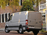 Freightliner Sprinter 2500 Cargo Van (W906) 2006 images
