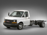 Images of GMC Savana 4500 Cutaway 2008