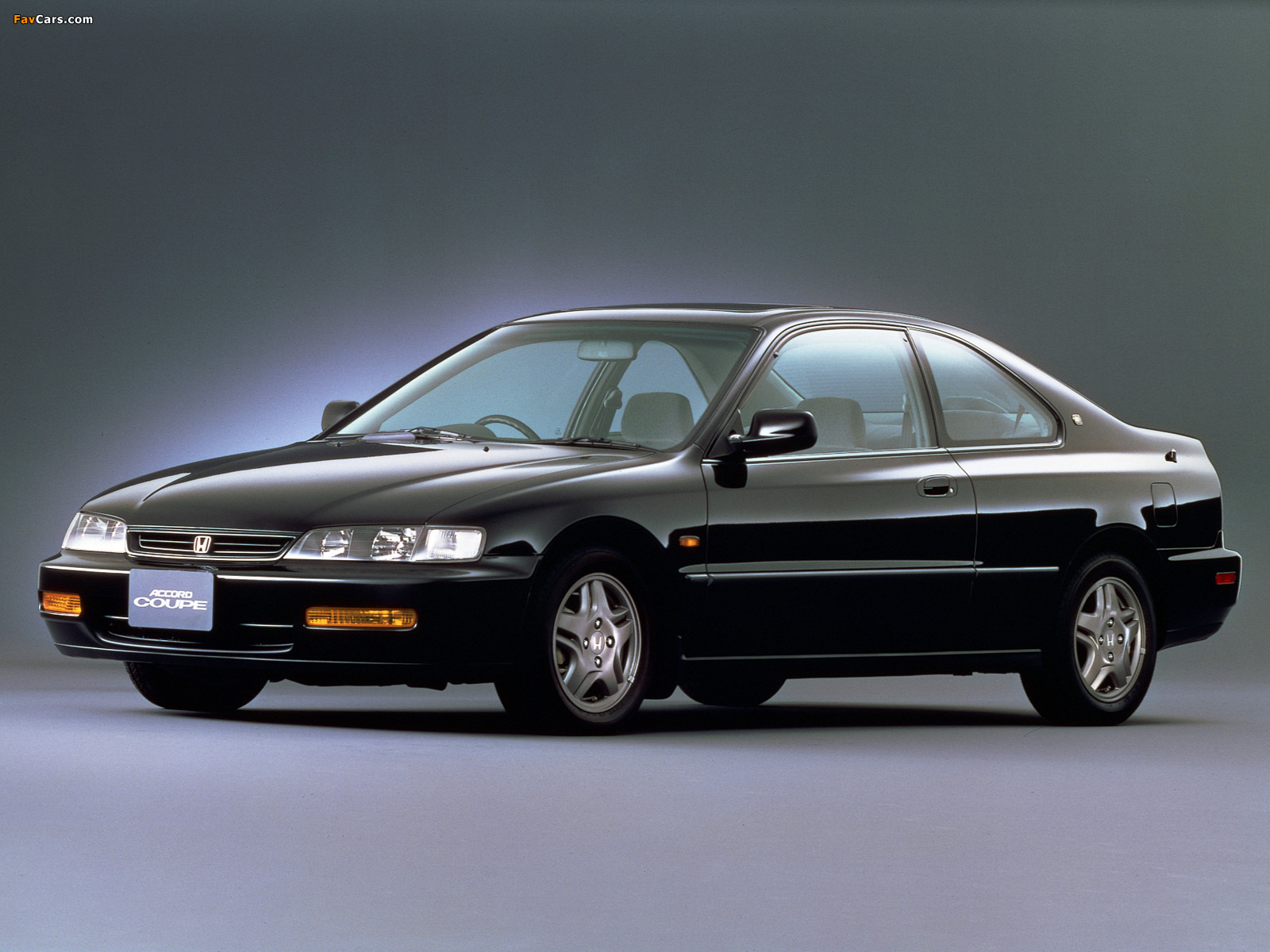 Honda Accord SiR Coupe (CD8) 1996–98 images (1600 x 1200)