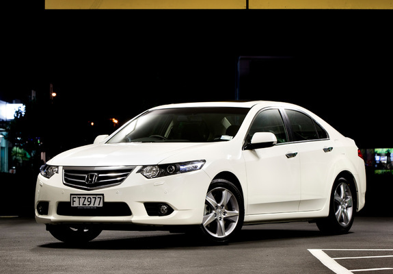 Photos Of Honda Accord Euro Sedan Au Spec 2011 640x480