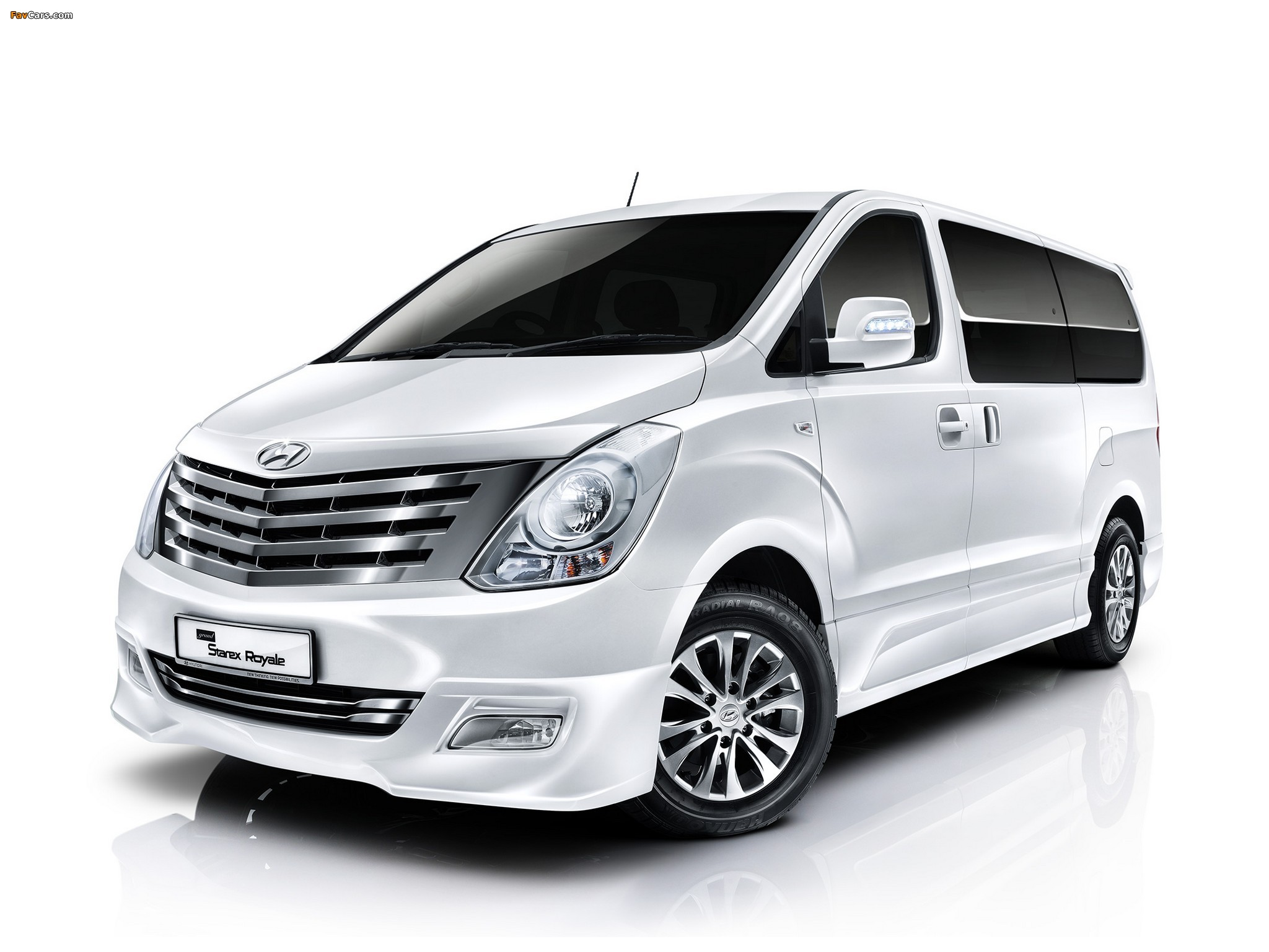 Hyundai Grand Starex Royale 2011 Images (2048x1536