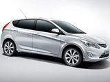 Photos of Hyundai Verna Hatchback (RB) 2011