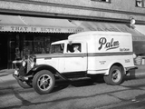 1934–37 International C-30 Refrigerator Truck wallpapers
